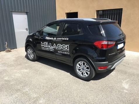 Habillage de véhicule de courtoisie pour la Carrrosserie Millacci à Saint-Rémy de Provence
